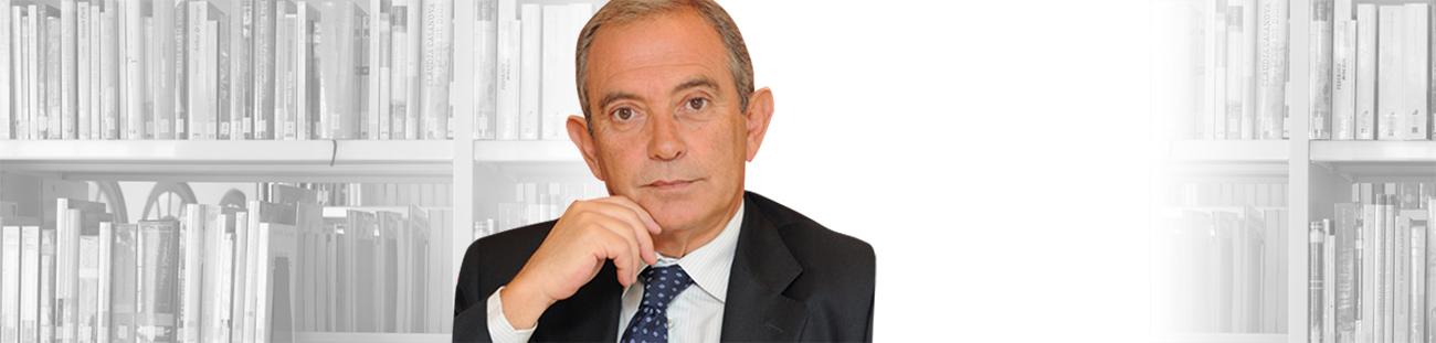 """<h3><strong> Lluís Ferrer</strong></h3><p>President del Patronat de la Fundació Escoles Garbí</p><p>""""Encara em sento alumne de l'Escola""""</p>"""
